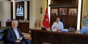 Ilgın'da eski başkandan mevcut başkana destek