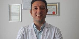 """Op. Dr. Karaca: """"Bel ağrısı iş gücü kaybına neden oluyor"""""""
