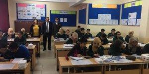 Bozkır'da bir hayırsever tarafından İngilizce laboratuvarı kuruldu