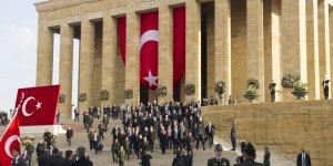 Gazi Mustafa Kemal Atatürk Anıtkabir'de anıldı