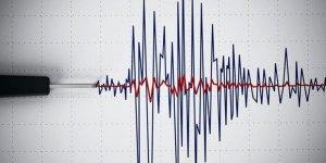 İran'da 6.4 büyüklüğünde deprem