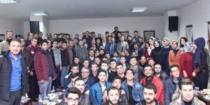 """Başkan Altay, """"Direnişten Şahlanışa 2023"""" programında gençlerle buluştu"""