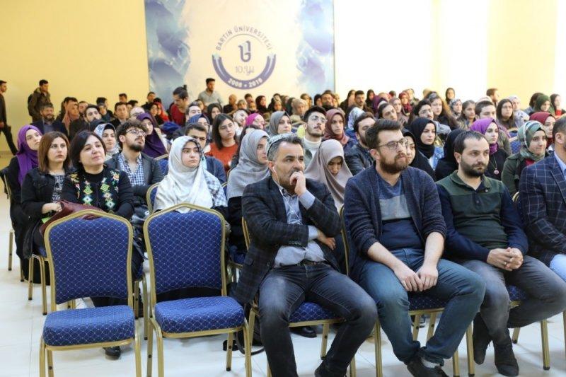 Doğu Türkistan'daki esaret anlatıldı