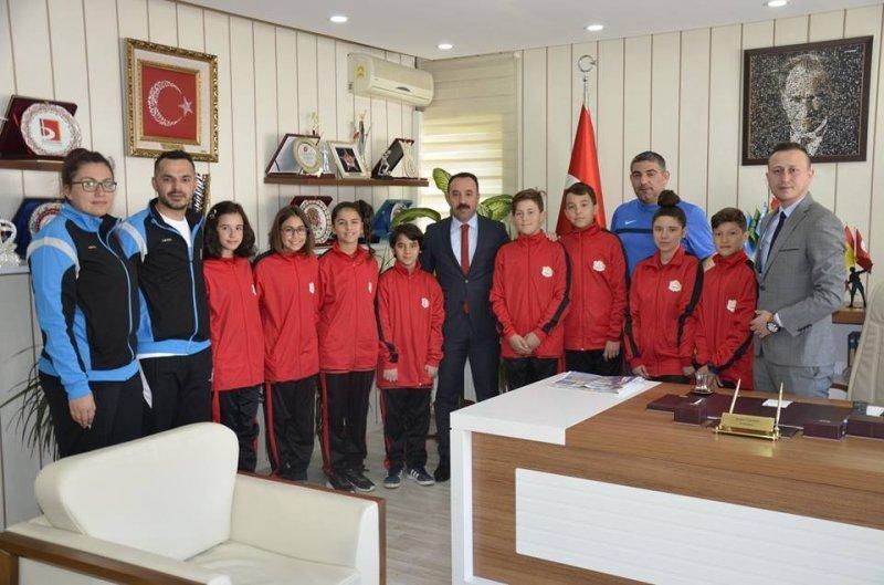 Başarılı sporcular Anadolu Yıldızlar Lig'ine uğurlandı