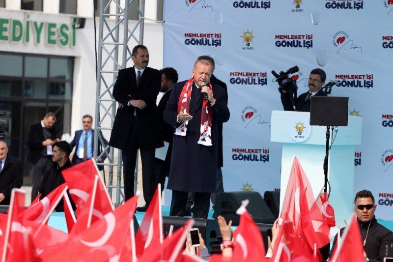 """Cumhurbaşkanı Erdoğan: """"CHP'nin kendine çeki düzen vermesi için 31 Mart bir fırsattır"""""""