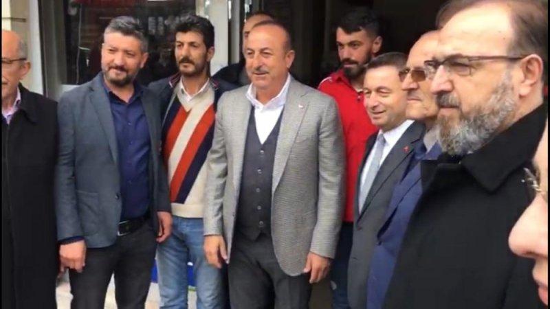 Dışişleri Bakanı Mevlüt Çavuşoğlu Tekirdağ'da esnafı ziyaret etti