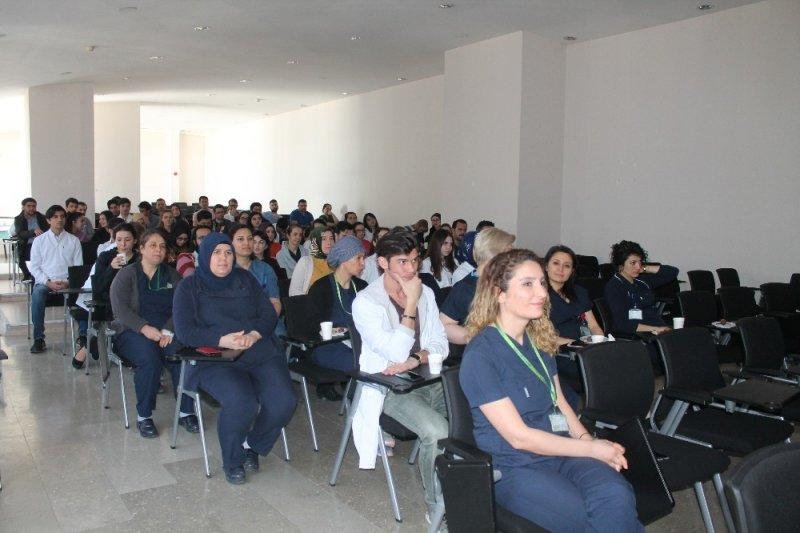 Klinik Beslenme başlıklı panel gerçekleştirildi