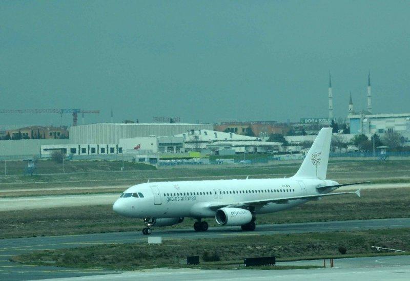 Kabin basıncı düşen Litvanya uçağı İstanbul'a iniş yaptı