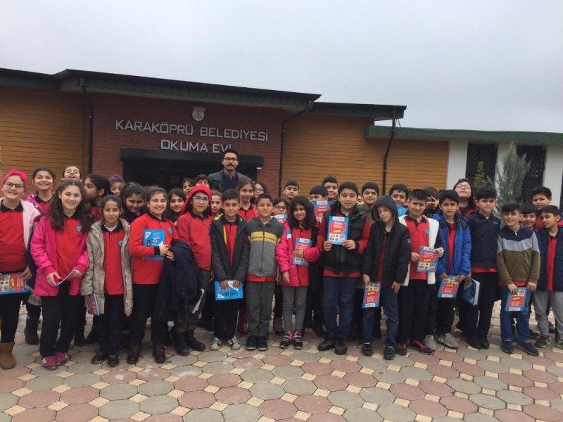 Karaköprü Belediyesi Okuma Evlerinde minik öğrencileri ağırladı