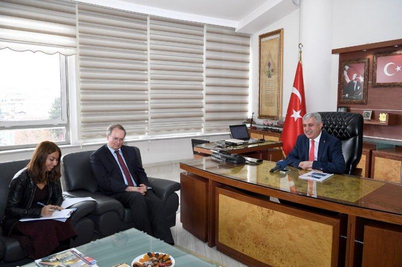 Büyükelçi Berger'den Büyükşehir Belediyesine ziyaret