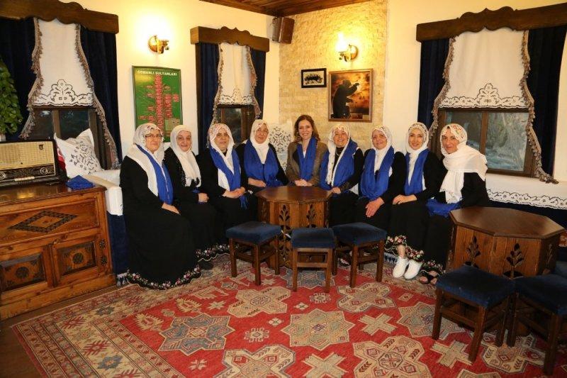 Seden Bozbey kadın dernekleriyle buluştu