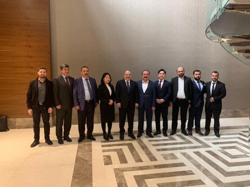 """Sanayi ve Teknoloji Bakanı Mustafa Varank: """"Hyundai Electric-Ruha Elektrik güç birliği millileşme, istihdam ve ihracat için kritik önemde"""""""