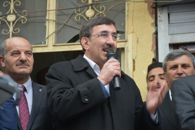 AK Parti Genel Başkan Yardımcısı Yılmaz Bulanık'ta