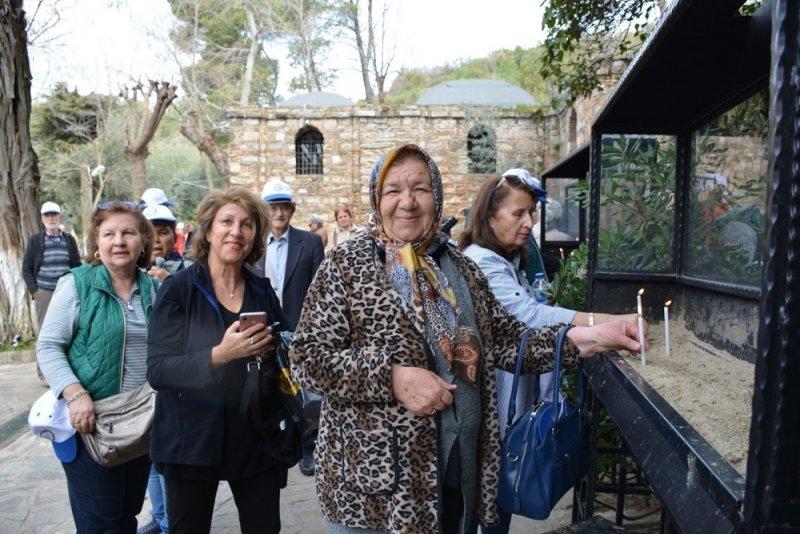 Büyükşehirden Yaşlılar Haftası'nda kültürel etkinlikler