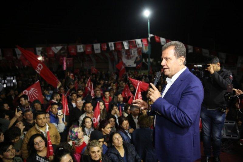 """Seçer: """"Demokrasinin kalbi Mersin'de atıyor"""""""
