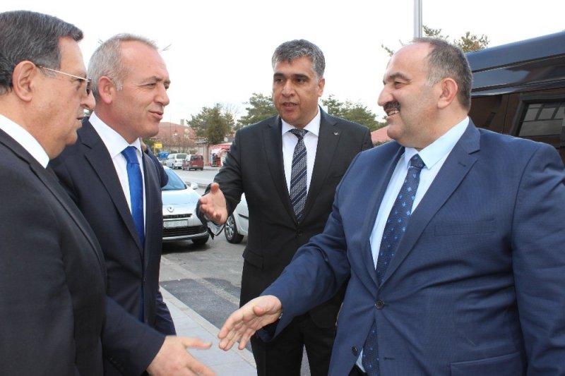 İş-Kur Genel Müdürü Cafer Uzunkaya, Erzincan'da işverenlerle buluştu