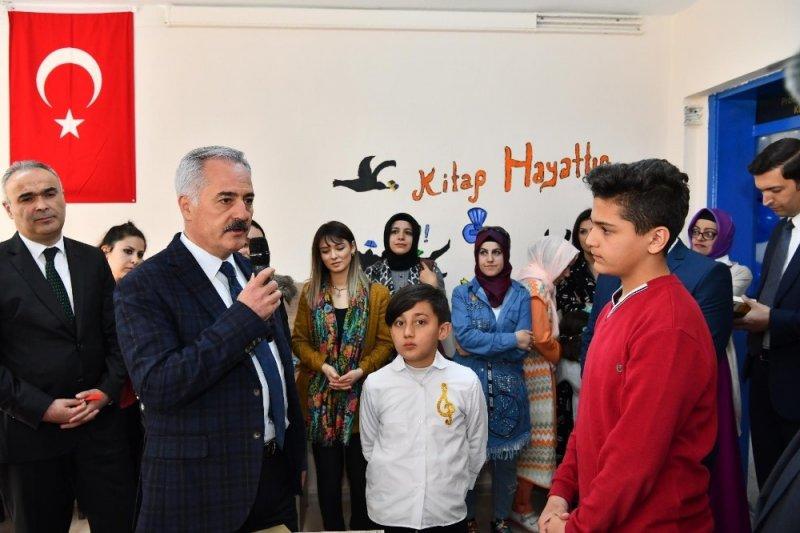 Isparta'da Prof.Dr. Fuat Sezgin Kütüphanesi açıldı