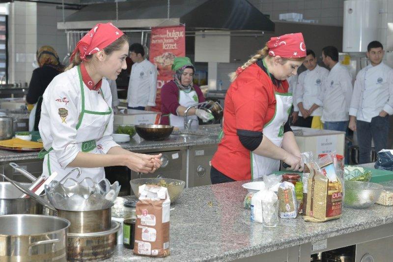 KMÜ'de, yöresel yemek yarışması düzenlendi