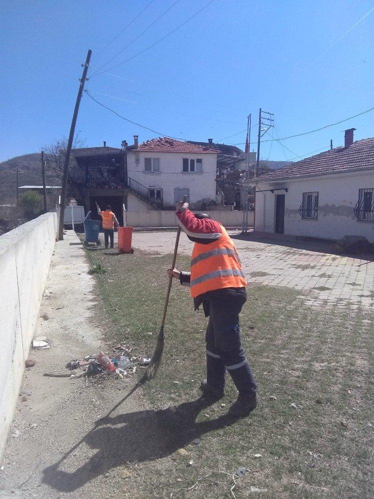Nazilli Belediyesi, Aşağı Örencik'te çalışmalarını sürdürüyor