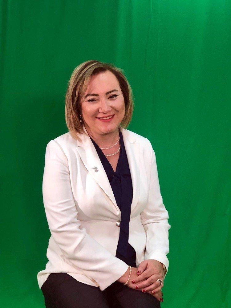 """Siyasal İletişim Danışmanı Sosyolog Zeynep Banu Dalaman, """"Başkanlık iki dönemle sınırlanmalı"""""""