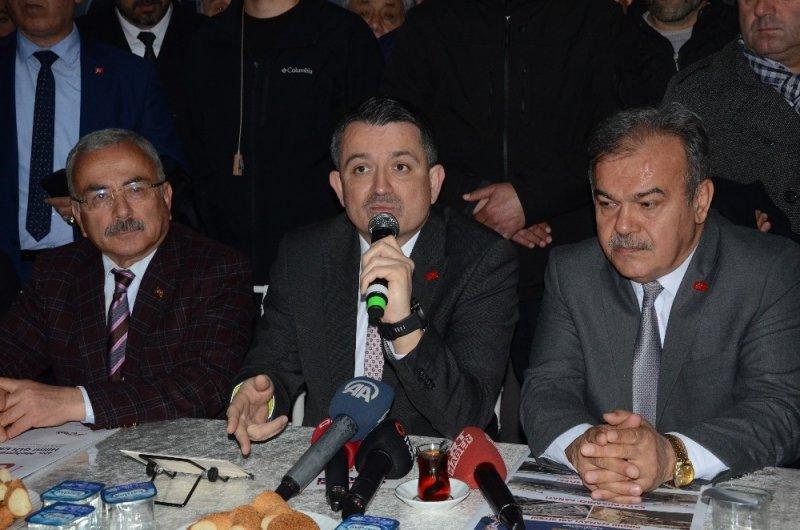 """Bakan Pakdemirli: """"İktidar ve yerel belediyelerin aynı partiden olması son derece önemli"""""""