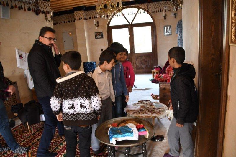 Atatürk İlkokulu öğrencileri üniversiteyi gezdi