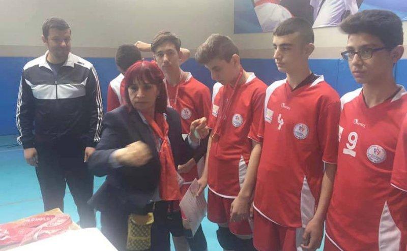 Kayseri Voleybol karması, Analig'de Türkiye finaline kaldı