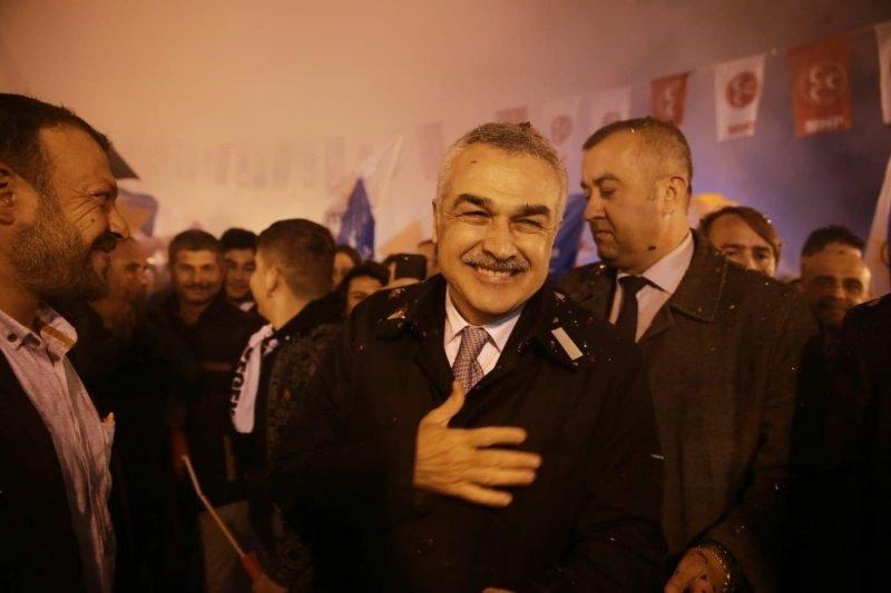 "Mustafa Savaş: ""Milli iradeyi tehdit ederek oy alamazsınız"""