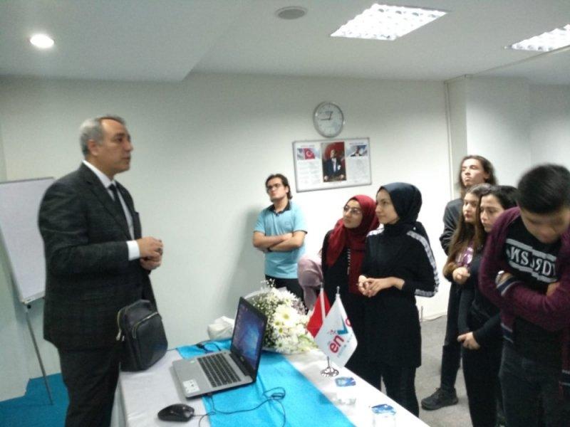 Öğrencilere 'Duygusal zeka ve davranış seçme becerisi' semineri