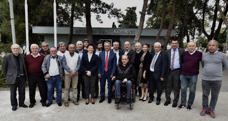 """Uysal: """"Muratpaşa uluslararası turizm pazarında aranan destinasyon olacak"""""""