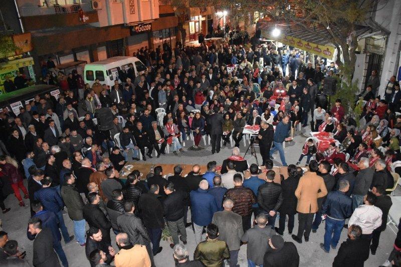 Başkan Çelik rakibi Özdemir'e yüklendi
