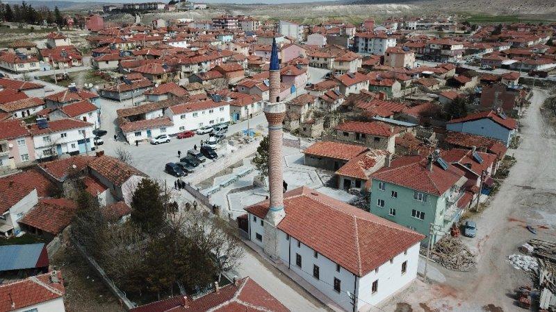 Restorasyonu tamamlanan 130 yıllık tarihi camii dualarla ibadete açıldı