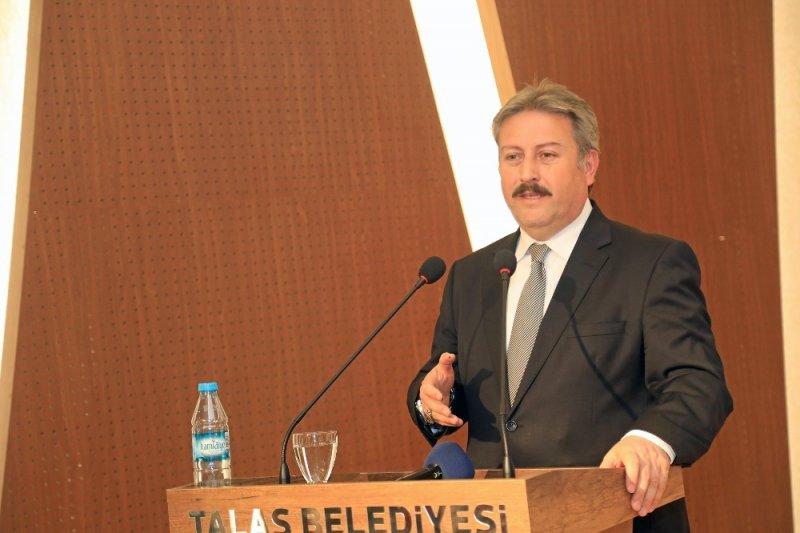 Başkan Palancıoğlu'ndan personele veda