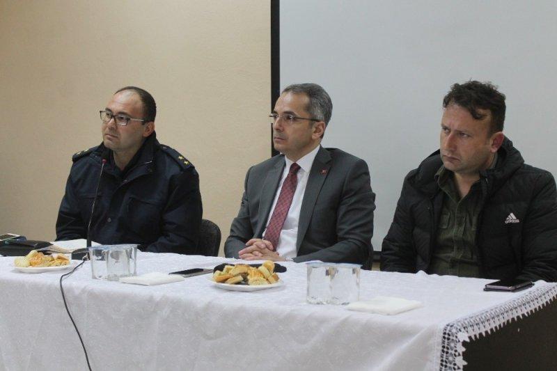 Tosya'da Muhtarlarla seçim güvenliği toplantısı yapıldı