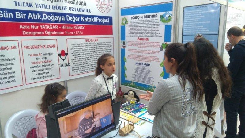 Tutak YBO Öğrencilerinin TÜBİTAK Projesi Bölge birincisi oldu