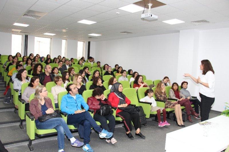 """ADÜ'de """"Büyüklere Masallar"""" etkinliği gerçekleştirildi"""