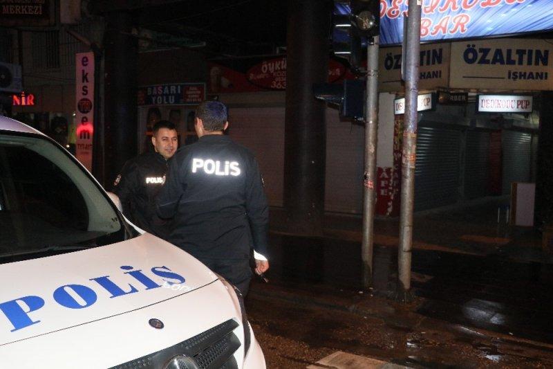 Bar çıkışı silahlı saldırı: 1 ölü 1 yaralı