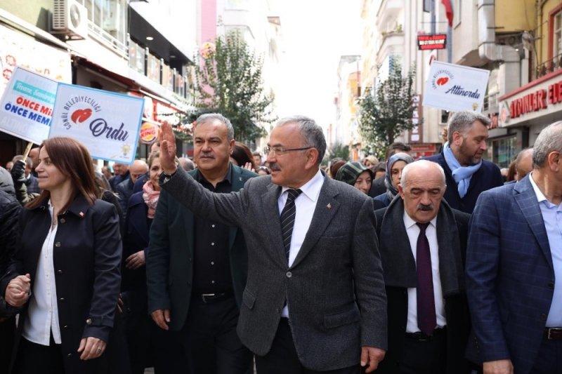 Cumhur İttifakı'ndan coşkulu yürüyüş
