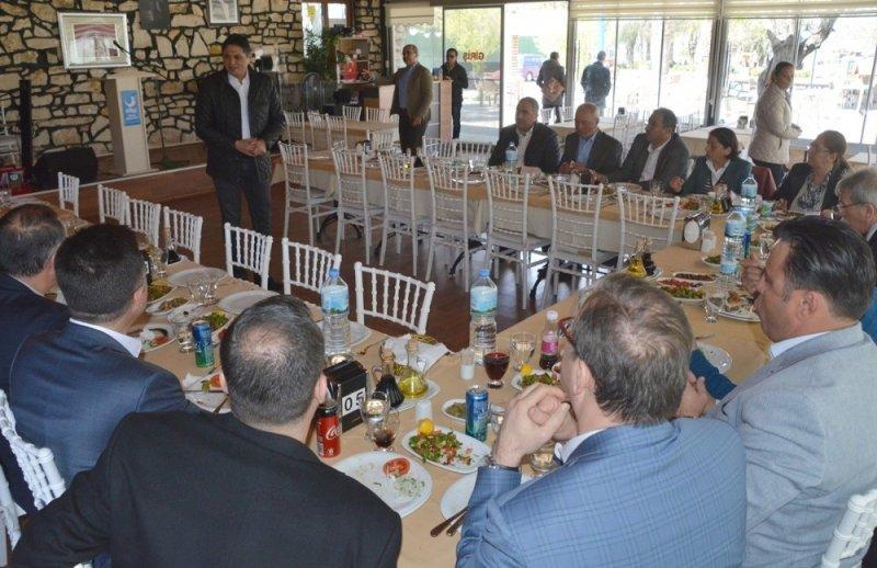 Başkan Acar'dan meclis üyelerine teşekkür