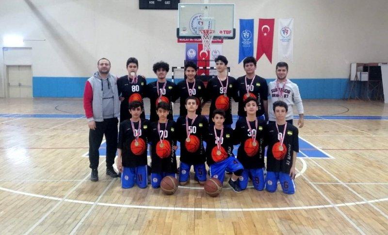 Adıyaman Erkek Basketbol Takımı finale kaldı