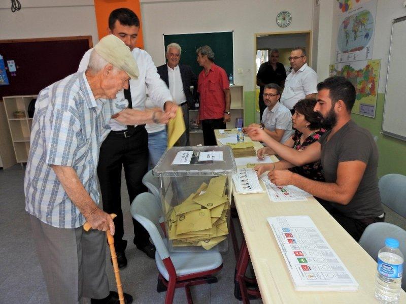 Çeşme'de 109 sandıkta, 33 bin 778 seçmen oy kullanacak