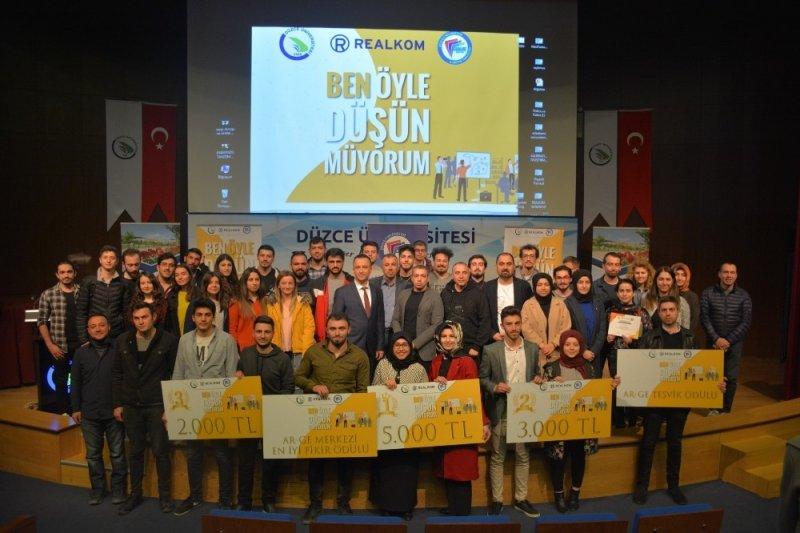 İş fikri yarışmasına Düzce Üniversitesi öğrencilerinden yoğun ilgi
