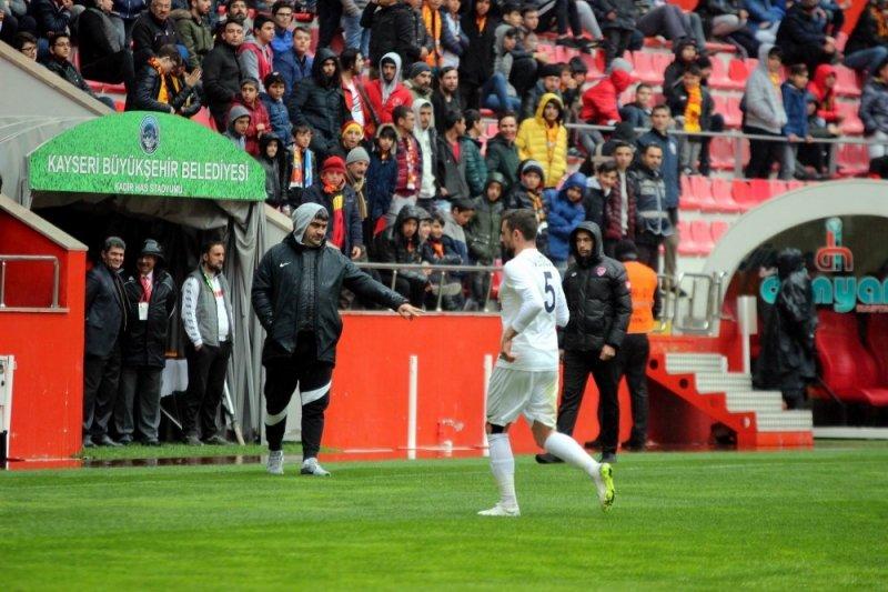 İstikbal Mobilya Kayserispor hazırlık maçında Adana Demirspor'a mağlup oldu