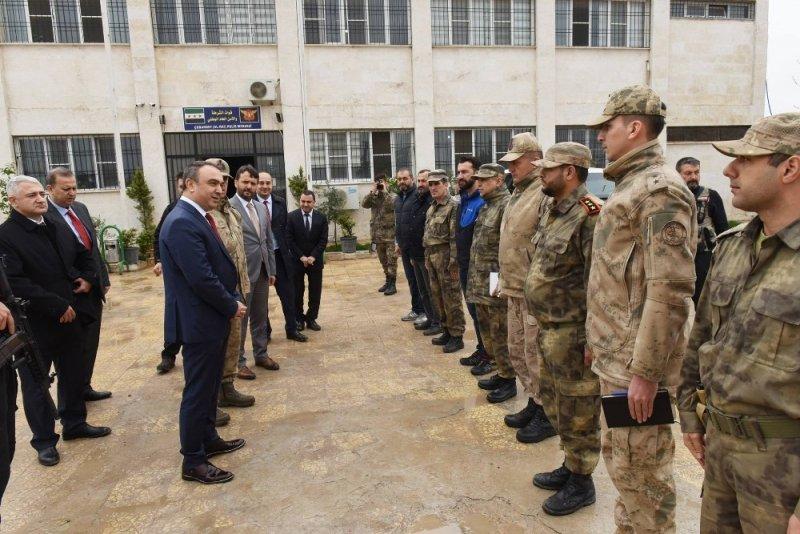 Vali Soytürk, Suriye Çobanbey' de incelemelerde bulundu