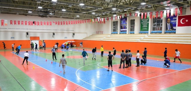 Şanlıurfa'da BESYO´ya hazırlanan gençlere ücretsiz kurs