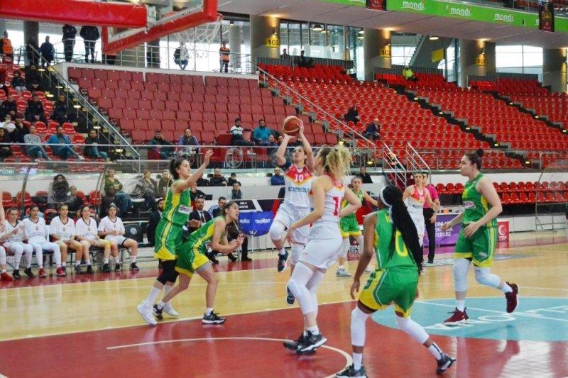 Kadınlar Basketbol Süper Ligi: Bellona Kayseri Basketbol: 80 - İstanbul Üniversitesi: 76
