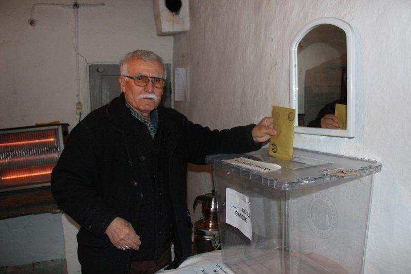 Türkiye'nin en küçük mahallesi sandık başına gitti