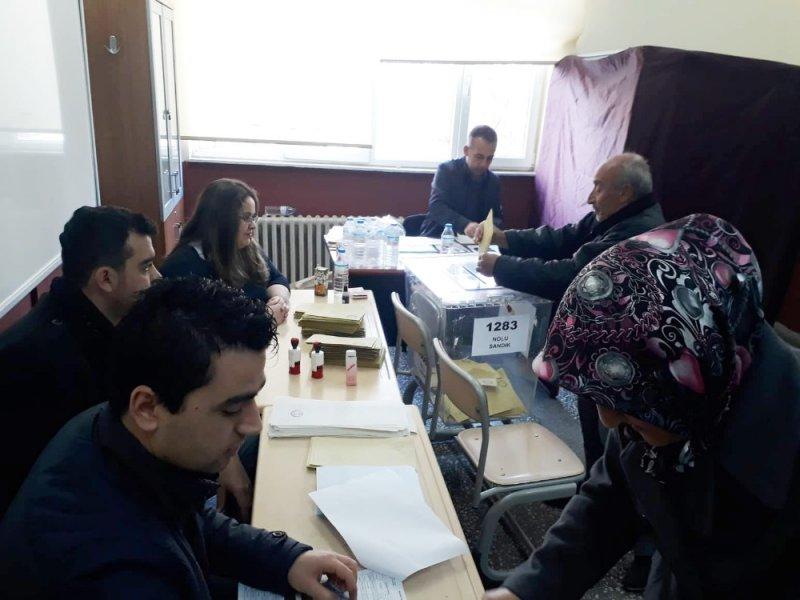 Kayseri, Nevşehir, Kırşehir ve Niğde'de oy verme işlemi sürüyor