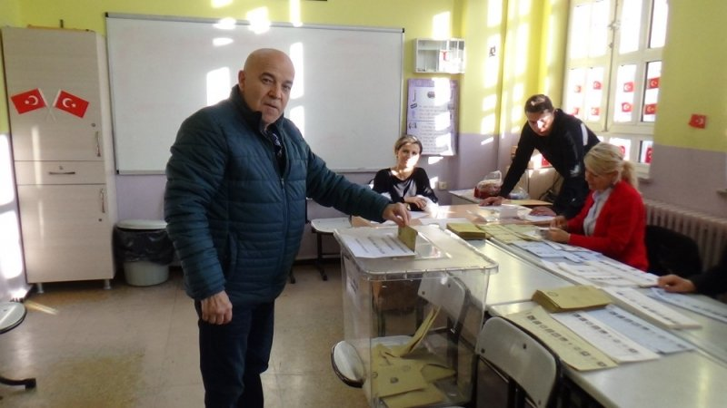 Tekirdağ'da oy verme işlemi başladı
