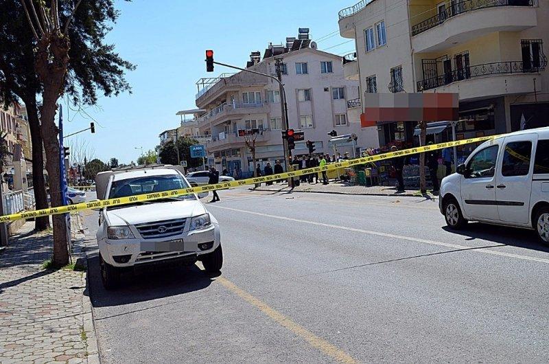 Didim'de sokak ortasındaki kavgada kan aktı